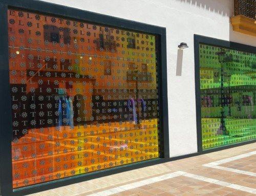 8 dekorative Fensterfolie Ideen zu Ihrem Haus hinzufügen